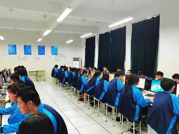 0522秀水中专2020年第二学期计算机中级考证工作落下帷幕-史源2.jpg