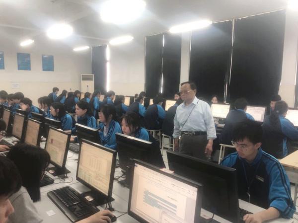 0522秀水中专2020年第二学期计算机中级考证工作落下帷幕-史源1.jpg